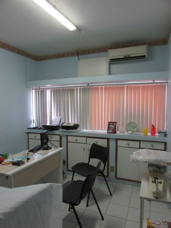 SALA COMERCIAL NO CLINICAL CENTER PRAÇA DA BANDEIRA