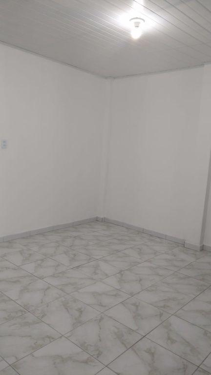 CASA NO BAIRRO 18 DO FORTE, PROX. COLÉGIO BOM PASTOR