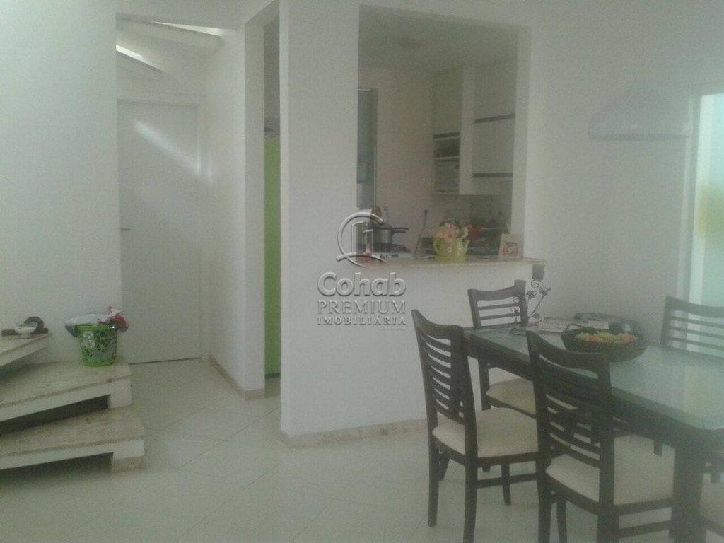 Casa no Condomínio Dermeval Mattos