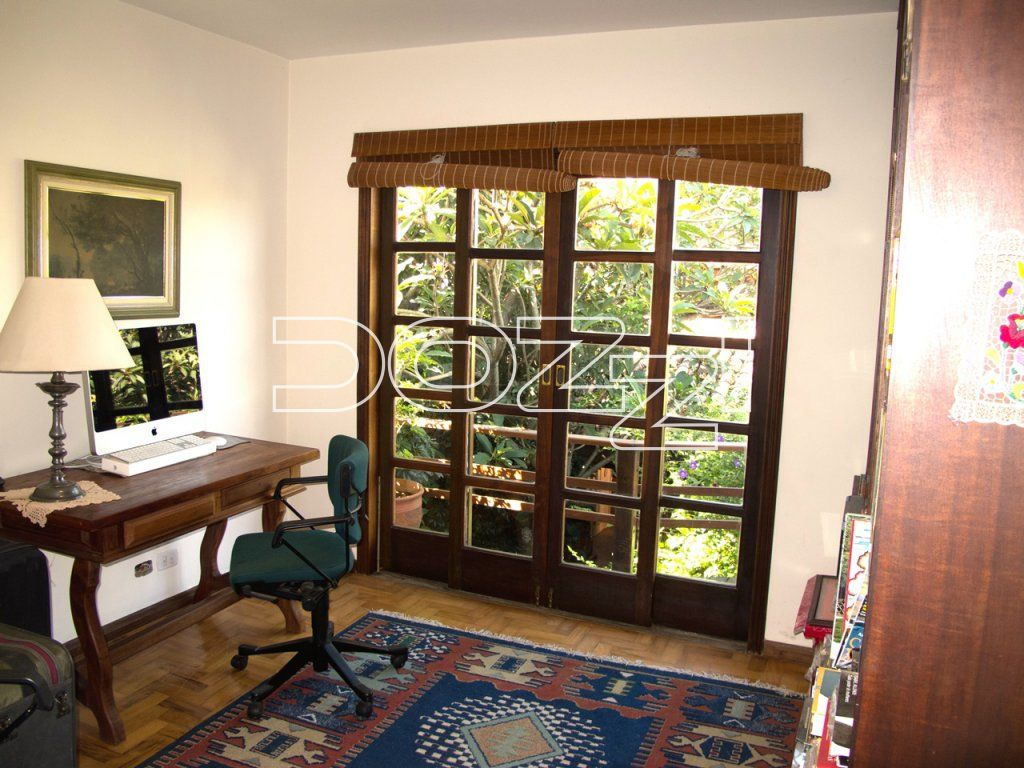 Casa Padrão à venda, Vila Madalena, São Paulo