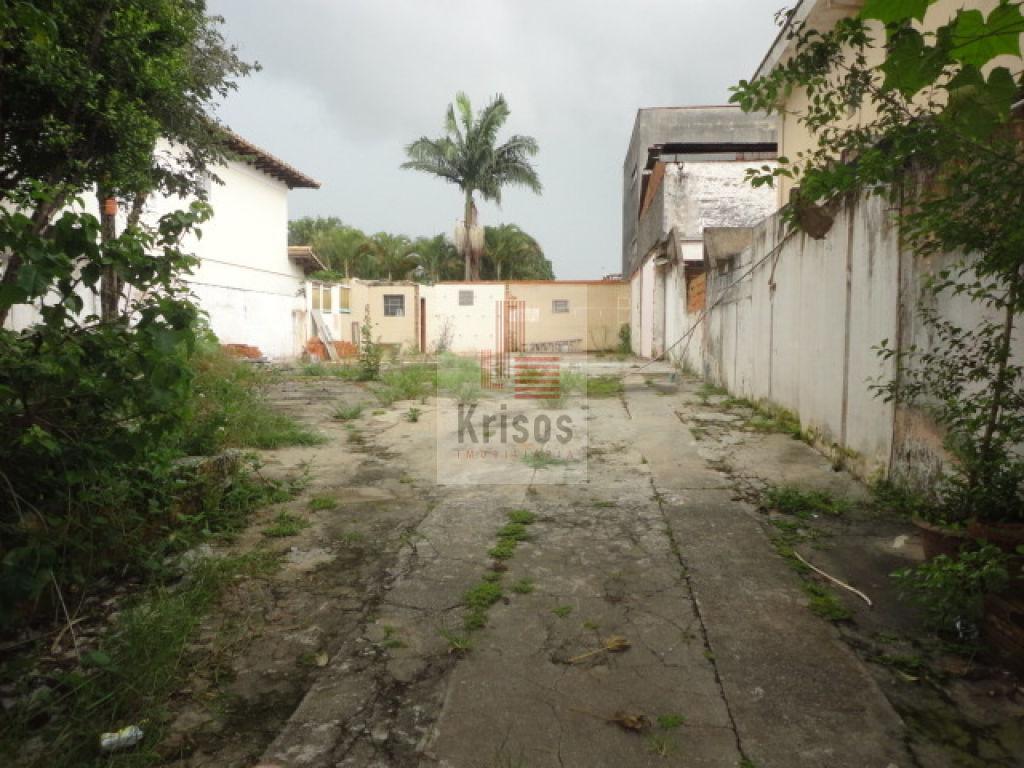 Terreno à Venda - Vila Polopoli
