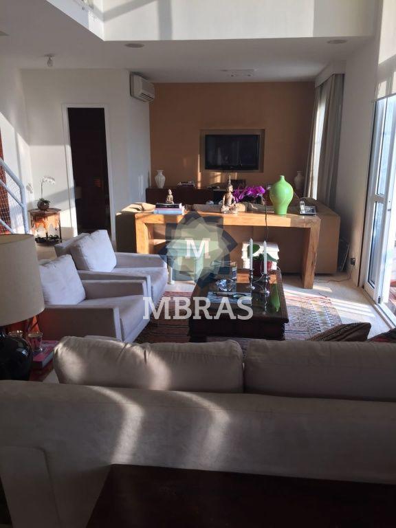 Cobertura de 2 dormitórios à venda em Morumbi, São Paulo