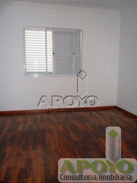 Casa de 4 dormitórios em Jardim Prudencia, São Paulo - SP
