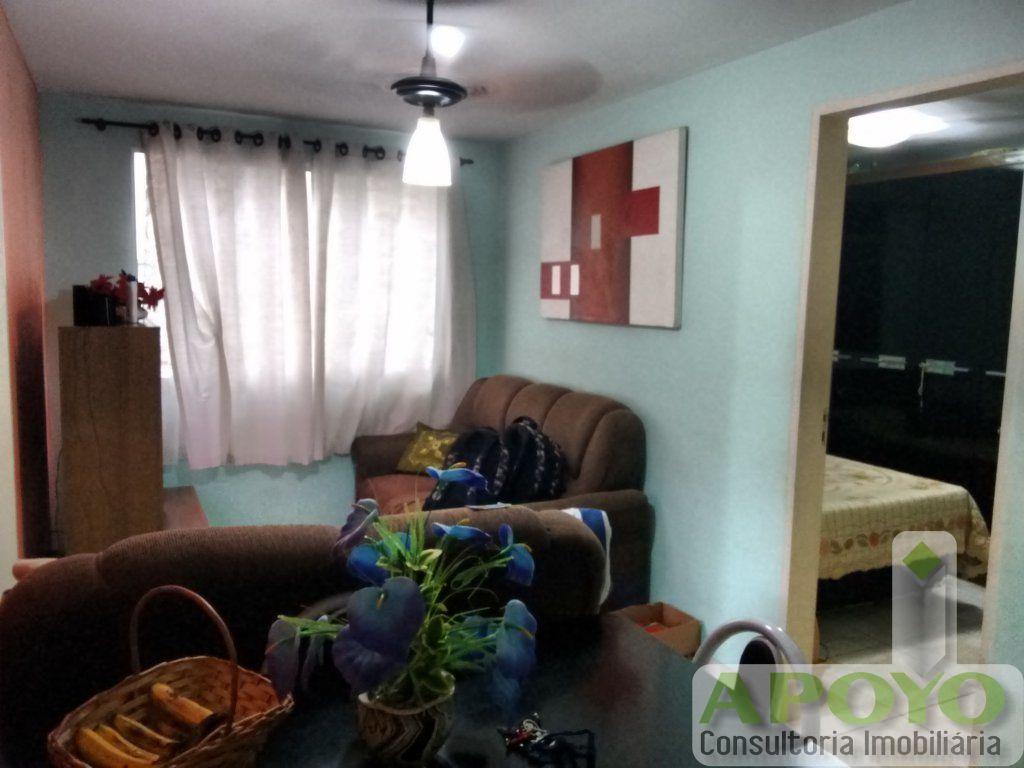 Apartamento de 3 dormitórios à venda em Jardim São Luís, São Paulo - SP