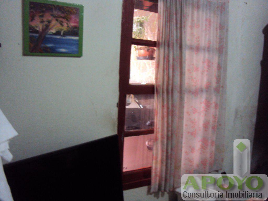 Casa de 2 dormitórios em Cidade Dutra, São Paulo - SP