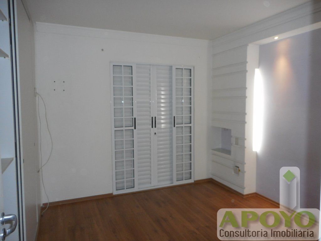 Casa de 3 dormitórios à venda em Jardim Umuarama, São Paulo - SP
