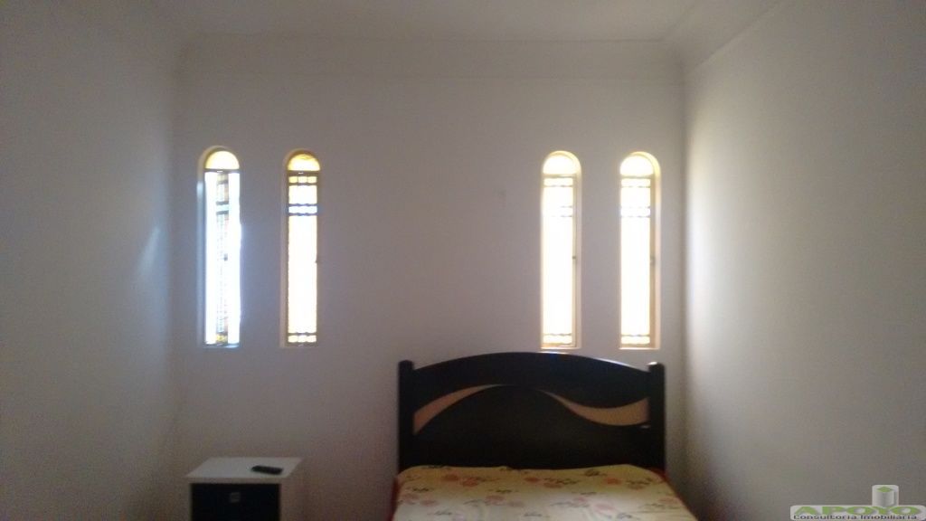 Casa de 4 dormitórios à venda em Jardim Represa, São Paulo - SP