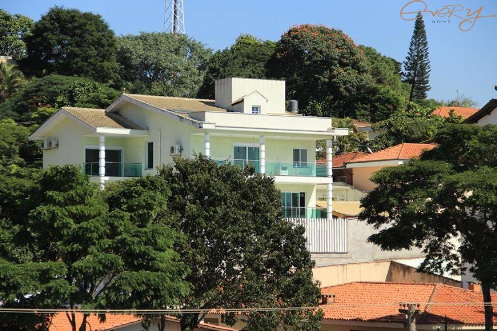 Casa Padrão para Locação - Morumbi
