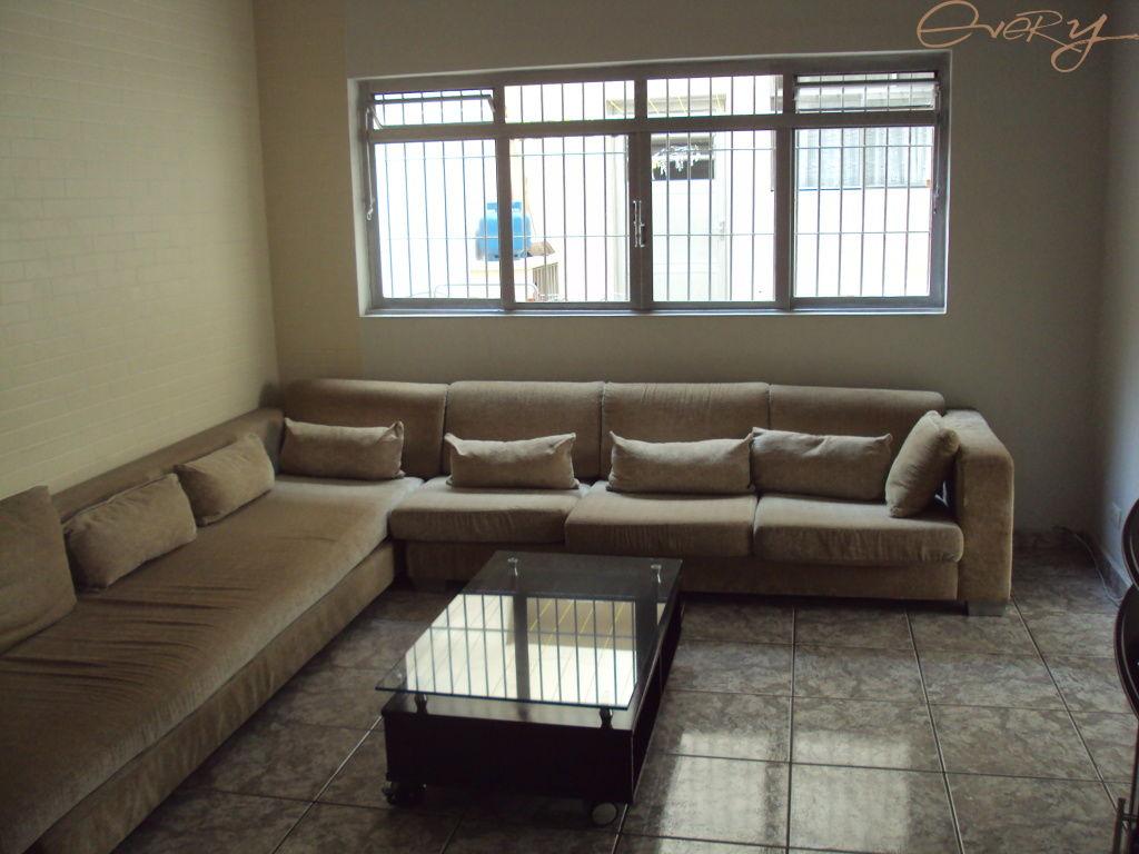 Casa Padrão para Locação - Campo Belo