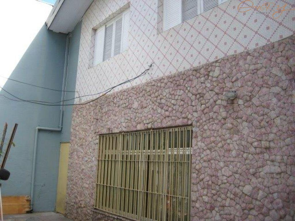 Casa Padrão para Locação - Vila Alexandria