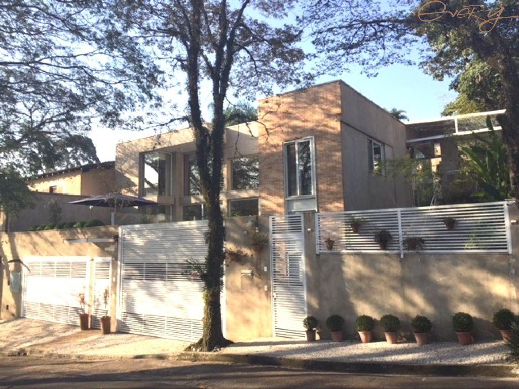 Casa Padrão para Locação - Jardim Vitória Régia