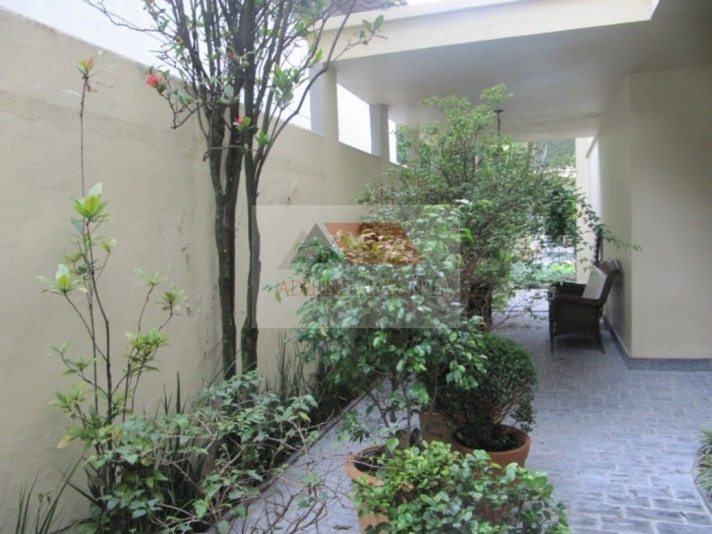 Casa Padrão à venda, Cidade Monções, São Paulo