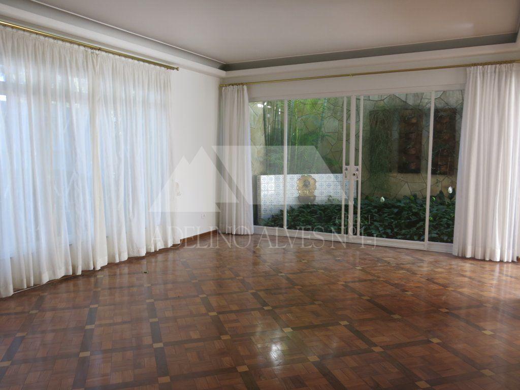 CASA ASSOBRADADA para Locação - Jardim Luzitânia